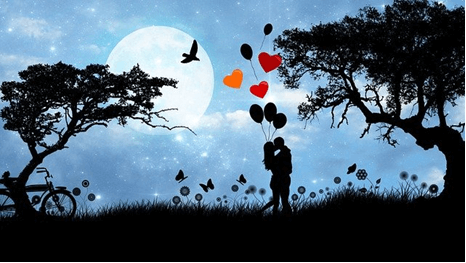 Couple holding balloons and kissing under the moonlight